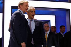 Watch: Roger Goodell booed by fans at the draft