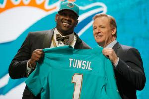 Report: Jets wanted Tunsil, trade price too high