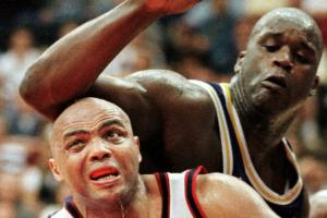 Shaq and Charles Barkley wrestle behind-the-scenes