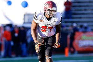Buccaneers select Noah Spence in NFL draft