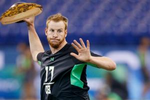 Jahlil Okafor welcomes Carson Wentz the Philly way