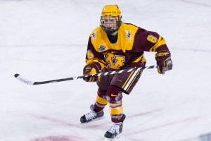 Amanda Kessel signs with New York Riveters of NWHL