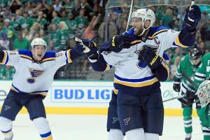 Three Stars: Backes, Pavelski, Benn shine Sunday