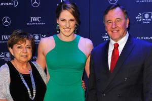 Watch: Missy Franklin reads letter to parents