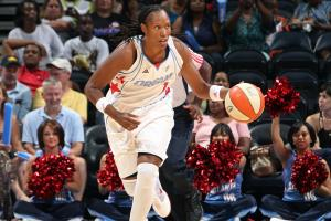 Chamique Holdsclaw opens up about mental illness