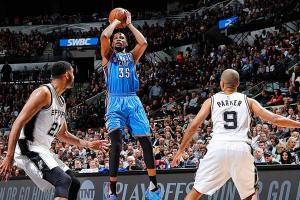 Thunder beat Spurs in controversial Game 2