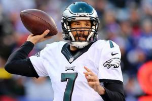 Eagles fan chef makes Sam Bradford sandwich