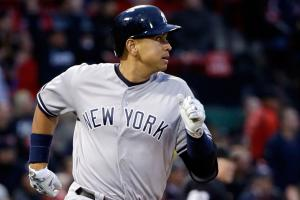 A-Rod leaves with hamstring injury