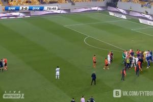 Giant brawl erupts during Ukrainian soccer match