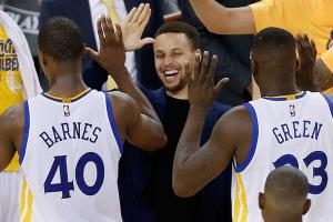 Warriors holding down the fort with Curry injured