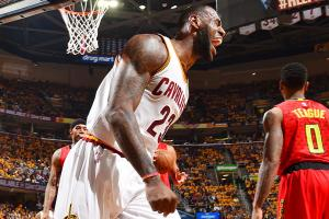 Cavs' hot shooting carries them in rout over Hawks