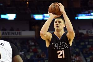 Suns' Alex Len saved drowning friend