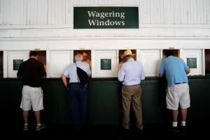 How to bet on the Kentucky Derby