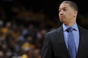 Cavs coach Tyronn Lue calls out Charles Barkley
