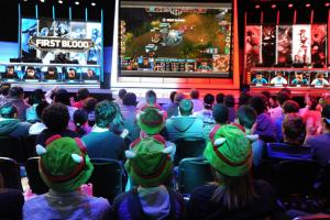 427 million esports viewers projected by 2019