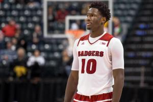 Should Nigel Hayes go pro or return to Wisconsin?