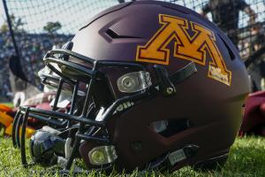 Ex-Minnesota WR charged with drug possession