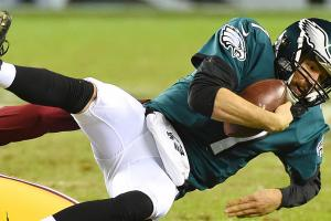 Fixing the QBs: Does Sam Bradford deserve to be a starting QB?