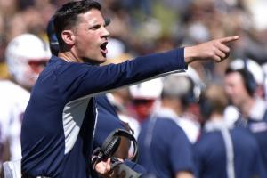 UConn's Bob Diaco signs extension through 2020