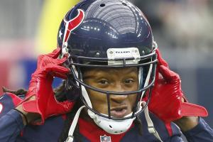 Watch: DeAndre Hopkins makes a cool catch in camp
