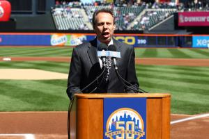 Howie Rose steps down as Islanders broadcaster