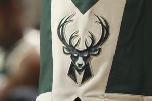 Bucks employee leaks players' finances