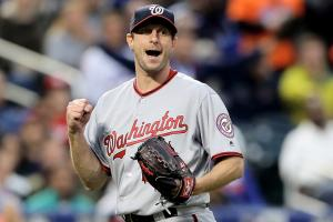 Watch: Scherzer plays catch with young Mets fan