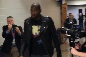 Kevin Durant rocks 'Hotel California' shirt