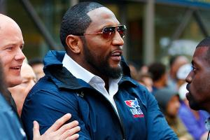 Olympic wrestlers get motivation from Ray Lewis