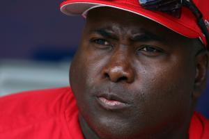 Tony Gwynn family sues tobacco industry over death