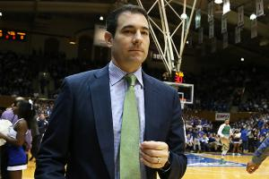 Delaware to hire Notre Dame's Ingelsby as its coach