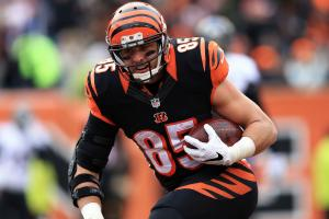 Report: Bengals' Eifert (ankle) out three months