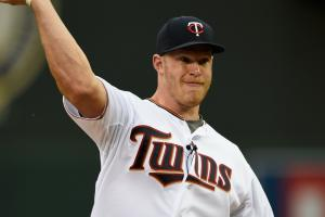 Kyle Rudolph shared twins news at Twins game