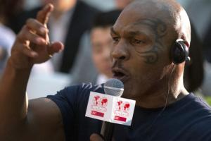 Mike Tyson: Foolish to have pro boxers at Olympics