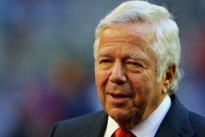 Robert Kraft supports Tom Brady Deflategate appeal