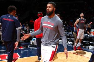 Wizards' Morris detained at Philly airport