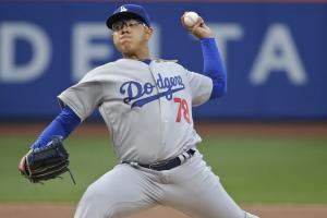 Julio Urias lasts 2 2/3 innings in his MLB debut