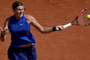 Shelby Rogers upsets Petra Kvitova at French Open