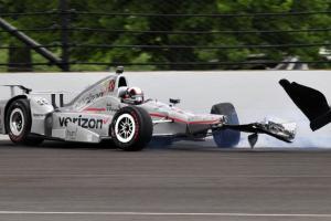 Juan Pablo Montoya crashes on 64th lap at Indy 500