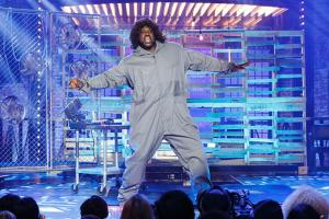 Watch: Shaq struts his stuff on Lip Sync Battle