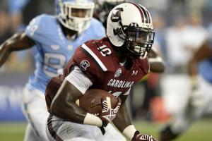 South Carolina LB Skai Moore out for 2016 season
