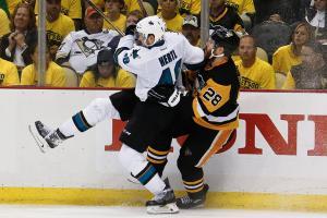 Sharks' Hertl out for Game 3 vs. Penguins