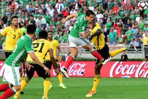 Chicharito scores for Mexico vs. Jamaica in Copa America