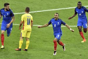 Dimitri Payet scores for France against Romania at Euro 2016