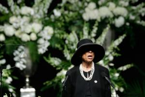 Watch: Lonnie Ali speaks at Muhammad Ali's funeral