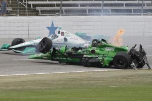 Josef Newgarden, Conor Daly escape IndyCar crash