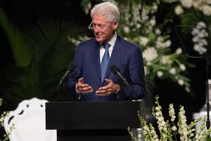 Full text of ex-president Clinton's eulogy for Ali