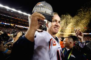 Broncos receive Super Bowl rings at ceremony