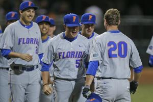 Florida advances to CWS with win over FSU