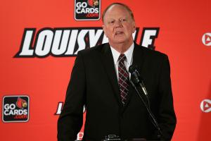 Louisville president James Ramsey to step down